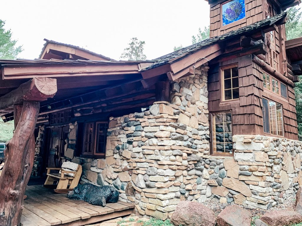 exterior of Kodiak Kastle cabin at Big Bear Hideaway in Boulder Junction